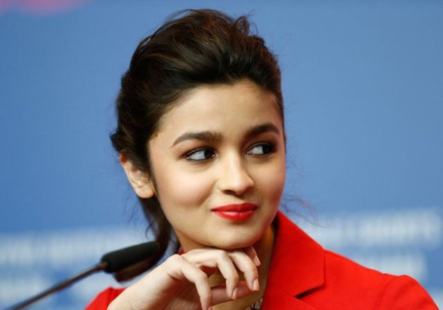 alia-bhatt-interview-about-her-personal-life