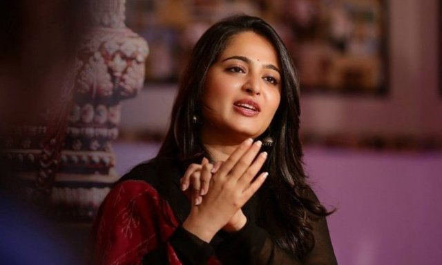 anushka-shetty-interview-about-size-zero